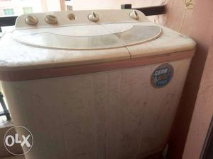 Good condition washing machine for sale