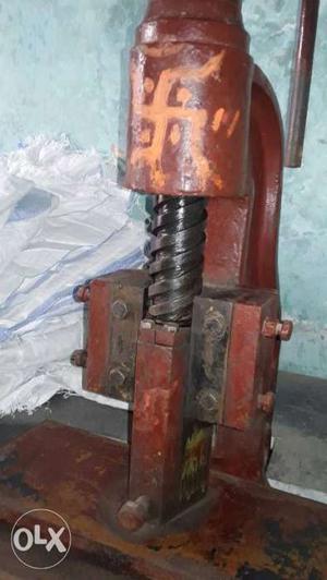 Hand press machine 6 no.very heavy quality for