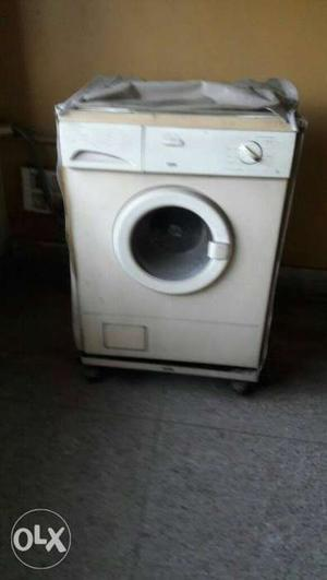 IFB Washing Machine. Fully Automatic. Front load. Cover and