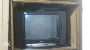 LG colour tv.big size.in good condition.with set