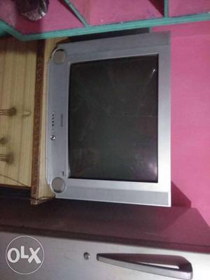 Samsung tv very good in condition. Big 32 inch Samsung tv