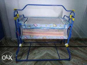 New born swing cradle