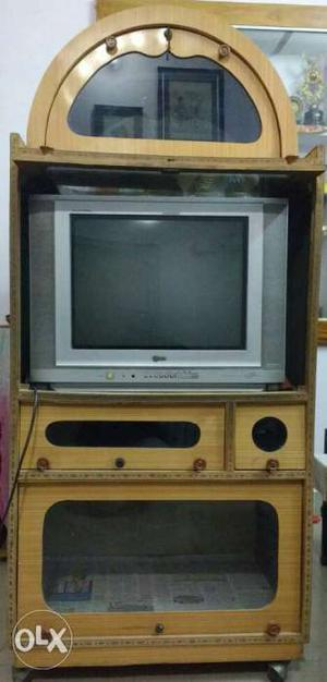 LG flatron TV in superb working condition with