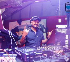 The best Pubs in Hyderabad with DanceFloor| RoohBeats&Bistro