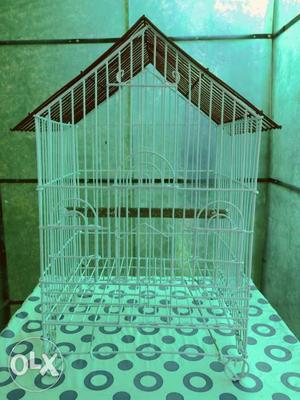 Cage with strong steel