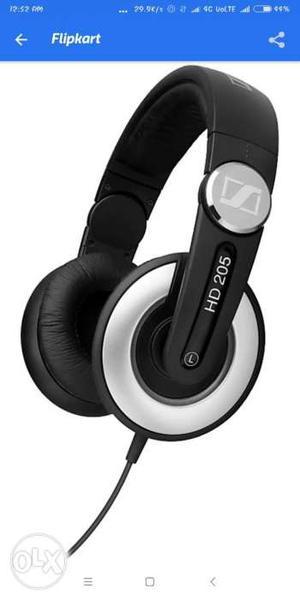 Sennheiser HD 205 II (Black,Over the Ear)