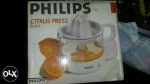 Philips Citrus Press Juicer for Orange/Mosambi