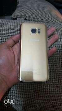 Samsung Galaxy S7 edge good condition