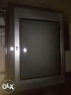 """Coloured tv 29"""" in good condition(lg)"""
