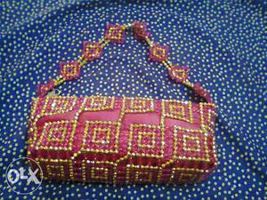 Fashionable golden crystal bag