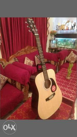 FENDER SA-105 Acoustic guitar. Only 2 weeks old.