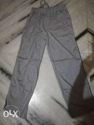 Mens Brand New Lower. Size_L Its a Lux ONN Brand.
