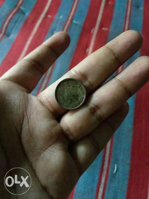 This a old coin face of King and very unique coin