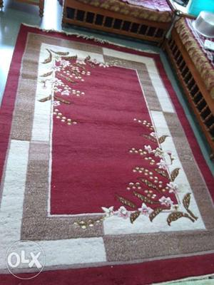 Carpet best quality size 9 * 6 Good looking.