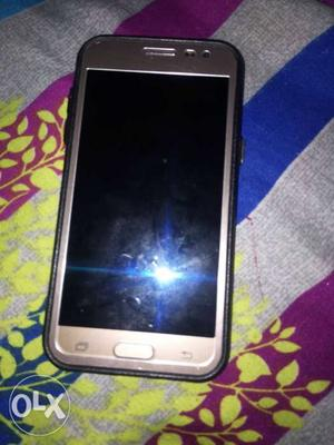 Samsung j2 new condition and with charger and box