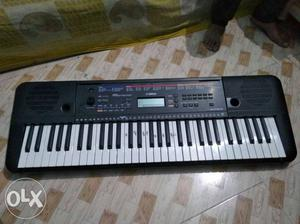 Yamaha keyboard in mint condition