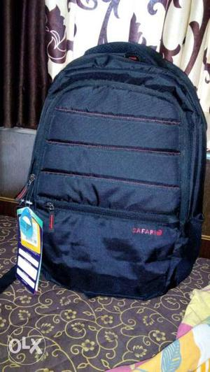 Brand new safari back pack. 32L. with raincover