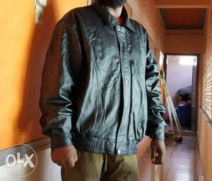 Leather jacket, xl size, black, with inner