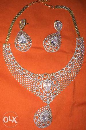 Necklace white stone American diamond perfect