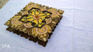 New hand made wooden dry fruit tray.
