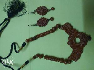 Authentic TERRACOTTA jewellery set. Wooden