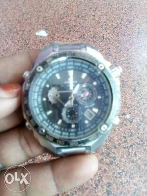 Edifice Casio watch in good condition with water
