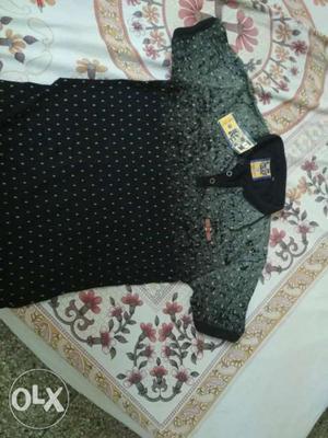 Half t shirt for men (L) size