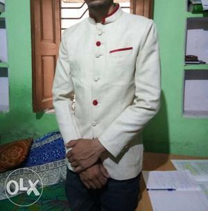 Jodhpuri Blazer 1 year old i buy this suit