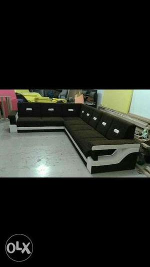 Brane new green sofa set