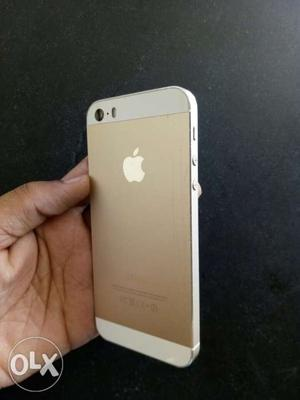 Iphone 5s gold 16gb 1 year old with phone and