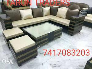 Unbeatable price sofa set at best price. table
