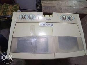Whirlpool 7kg washing machine good workingh