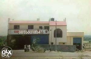 Building for Rent /Sale