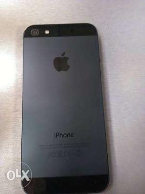 Iphone 5 16 gb with original adapter & charging cable &