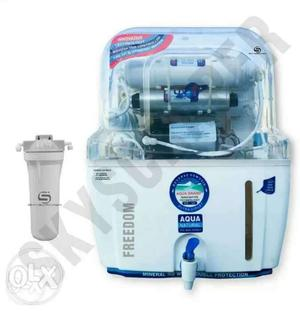 White And Blue Aqua Water Purifier