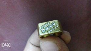 Magnetic Finger Ring 22 Crt Gold Platted With American