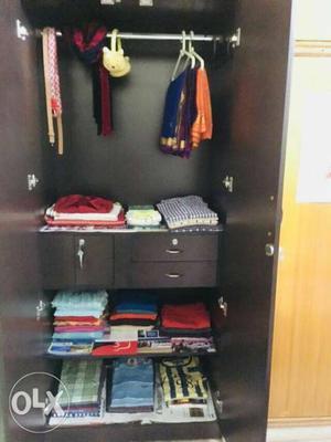 Wooden Bero/wardrobe with mirror size-