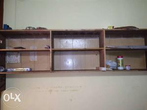 Wooden shelf for home and restauarant use