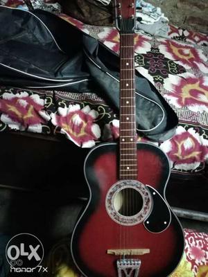 Acoustic Guitar for begineer with Guitar Bag, not used so