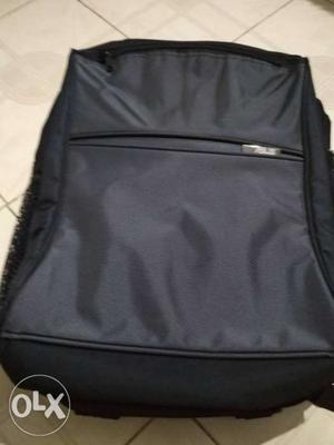 New laptop bag with protection. Asus company bag