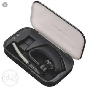 Black Bluetooth Earpiece With Case Screenshot