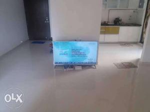 Led Panasonic tv 45 inch hardly used