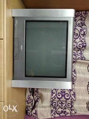 """Sony Trinitron Colour Television 21"""" Wega KV-AZ212"""