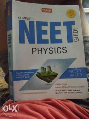 Complete NEET Guide Physics Book
