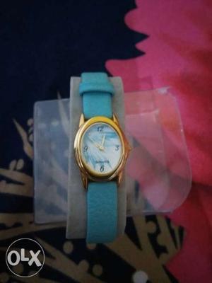 Sonata wrist watch for ladies
