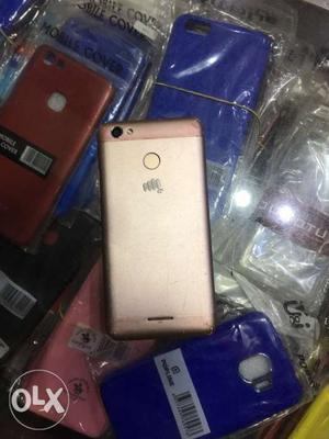 4g phone hai fingarprint v hai bhai or 3 or 32