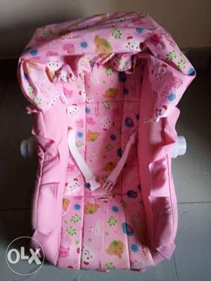 Baby carry cot. Hardly use in a very gud