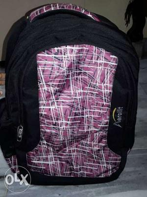 New bag. capacity 20L carrying laptop suitable for boys and