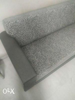 2 new brand sofas total set of 6 seats