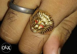 22 carat 916 gold Lion face Ring for sale